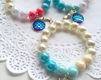 SAMPLE SALE, Chunky kids bracelet, ONE (1) bracelet, mermaid, starfish, plastic pearl, summer fashion, birthday gift, dress up jewelry.