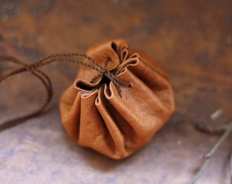 Herb pouch in upcycled leather, small size