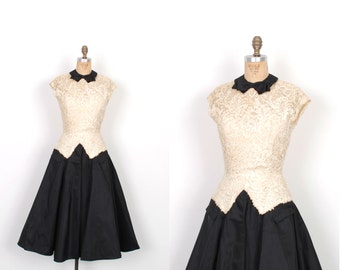 Vintage 1950s Dress / 50s Black and White Lace Party Dress / Full Skirt (small S)
