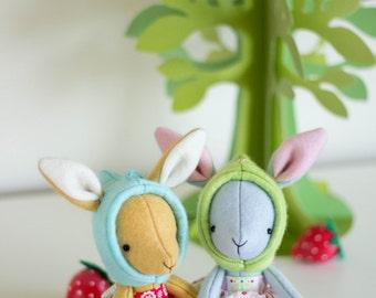 Rhubarb Wee Rabbits Pattern
