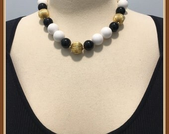 Black and White Beaded Necklace, Shiny Gold Tone Beads, Vintage 1970's 1980's