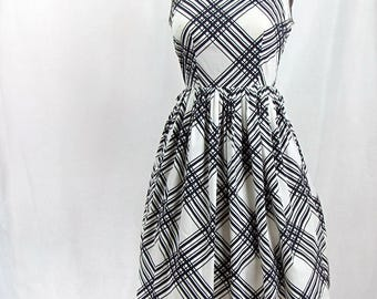 Vintage 1950s Cotton Black and White Dress