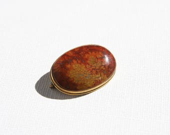 Vintage Agate Jasper Brooch Simple Bezel Setting Gold Tone Brass Brick Red Orange Yellow Ochre Natural Stone Plume Agate Oval Brooch