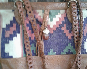 70s KILIM ME SOFTLY—Colorful Boho Shoulder Bag—Double Straps—Kilim and Leather—Tassel