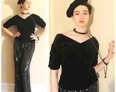 Vintage 1950s Black Velvet V Neck Top Blouse / 50s Fitted Black Velvet Shirt Sport Whirl Jeanne Campbell / Large