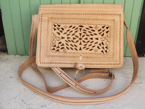 SALE!Leather Saddle Bag, White leather Bag, Leather Bag, Cross-body Bag, Women Handbag, Vintage style saddle bag,embossed bag