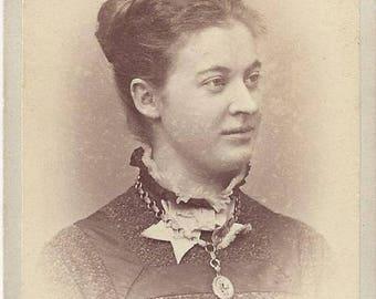 Vintage Woman Carte de Visite (CDV)  Photographer C.E. Lewis, Lebanon, New Hampshire, 1800s