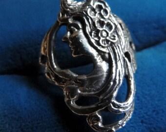 Art Nouveau sterling silver profile ring   VJSE