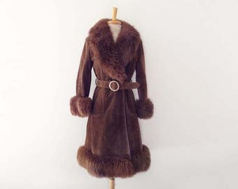 SOLD 1970s brown suede leather coat with sheepskin collar jacket size medium