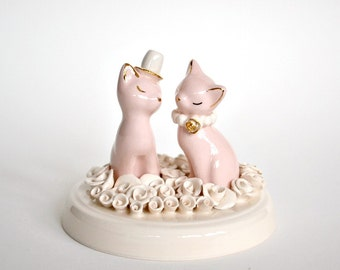 Rose garden cat cake topper - ceramic cat kitty figurines - bride and groom cats - wedding cake topper - ivory and pink