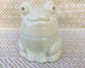 milk glass avon frog perfume bottle