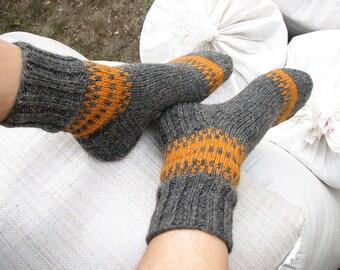 EU Size 45-46.5 - Hand Knitted Men's Socks - 100% Natural Wool