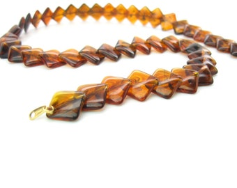 Squares Necklace. Trifari Jewelry. Tortoise Shell Root Beer Brown Lucite Layered Beads. Single Strand. Crown Trifari. Vintage 1970s Mod