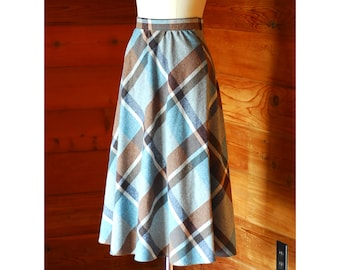 vintange blue and brown plaid wool skirt / size xs small