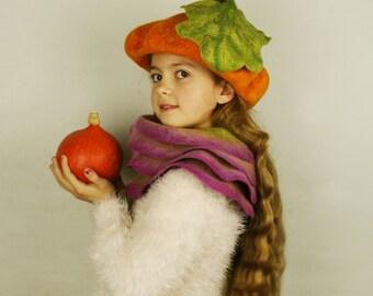 Pumpkin felted hat with steem and leaf - Party pumpkin hat - Fancy Dress Hat - Pumpkin costume - Halloween costume - Unique felted hat