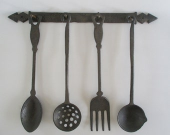 Cast Iron Kitchen Utensils, Vintage Hanging Retro Kitchen Wall Display, Rustic Cabin Cottage Farm Farmhouse Lodge Decor Photo Display Prop