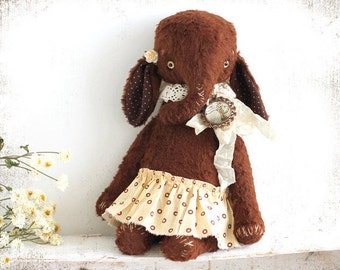 Artist Teddy Elefant Brown Daisy 10 inches OOAK