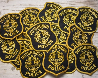 Vintage Pittsburgh Police Patch Uniform Price PER Patch Black Gold Pittsburgh PA Pennsylvania Allegheny Count Shield Law Jacket Coat Shirt