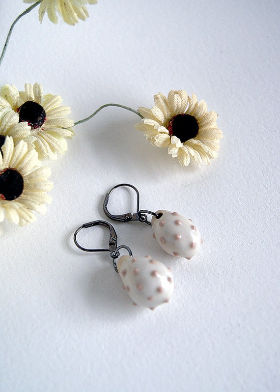 porcelain earrings - dusty rose  dots - light pink