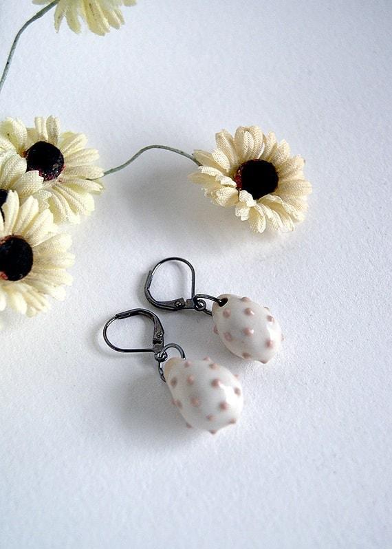 porcelain earrings - dusty rose  dots - light pink
