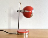 Spage age eyeball globe desk lamp in red and chrome.  Mid century modern Dutch design by Herda Verlichting.