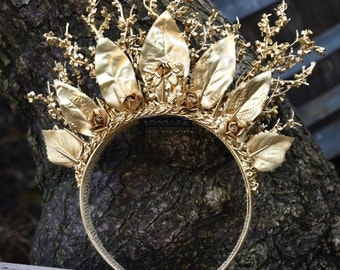 Bridal crown - tiara - gold - headband - bride - contemporary - bespoke - wedding - photoshoot - fantasy - runway.