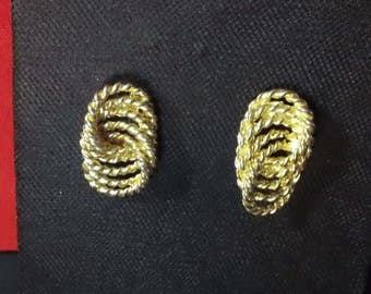 Vintage Gold Tone Infinity Rope Twist Design Post Earrings ~ Retro Glamor Costume Fashion Jewelry