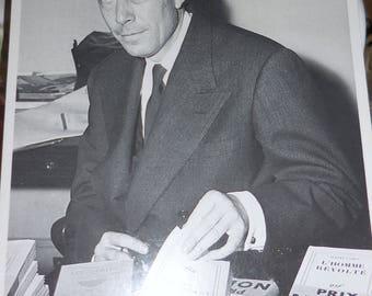 Albert Camus Nobelist The Stranger  Novelist Book Signing 1957