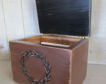Primitive Recipe Box, Index Cards, Photo Box - Grapevine Wreath, Hinged Lid