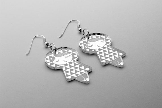 Uroko doll earrings - triangle dolls earrings - matriochka jewelry - kokeshi jewellery - sterling silver findings - lasercut mirror acrylic