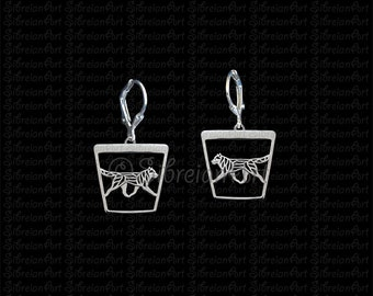 Siberian Husky movement trapeze earrings - sterling silver.