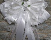 White Satin & Lace Hair Bow Unique Elegant Wedding Flower Girl Pageant Dressy Fancy Special Occassion