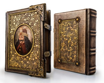 "Vlad Dracula - A dark leather journal for a Dark Prince ~ large journal ~ 8"" x 10.5"" ~ 600 pages ~ ultimate sketchbook ~ Medieval journal"