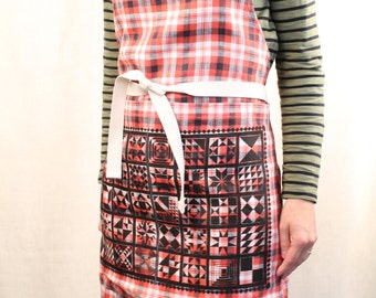 Quilt Legacy Block print Pocket Apron on red plaid linen