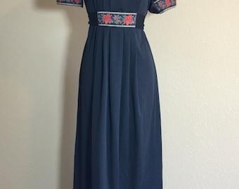 Vintage 1970's Candi Jones California black polyester maxi dress M/L