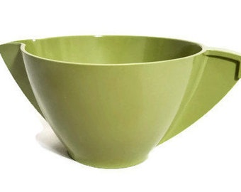 Olive Green Melmac Creamer Mallo Ware Cream Pitcher by Mallory Avocado Green Melamine