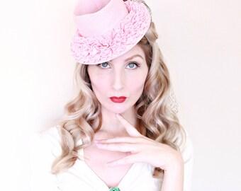 1940s Vintage Hat / 1940s Tilt Hat / Topper /  Pastel Pink Hat / Ruffles