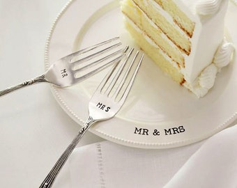 Mr. and Mrs. Wedding Cake Tasting Plate and Forks Set Cutting Photo Keepsake Shower Gift
