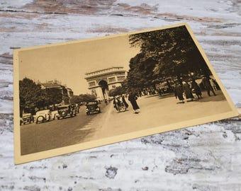 Vintage Paris Postcard . L'Avenue Foch,  Arc de Triomphe . Unused French Vintage Postcard . Topographic Postcard France. Travel Postcards .