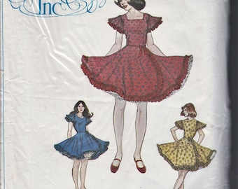 Authentic Patterns 280 Western Square Dance Dress in Three Versions Size 18 20 40 Bust 40 42 44 Uncut Full Circular Ruffle Skirt Pattern