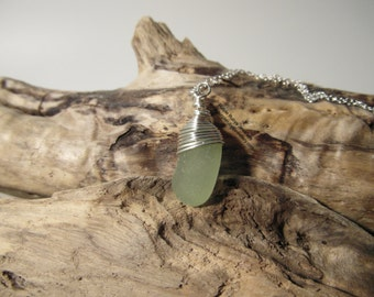 Cornish Mermaids Tear Necklace ~ Pale Green ~ Sterling Silver ~ Cornwall ~ Cornish