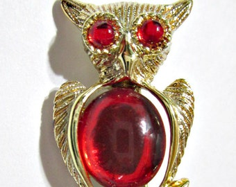 Vintage Owl Small Scatter Pin Bird Red and Gold Tone Figural Bright Pretty