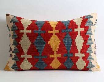 Soft lumbar kilim pillowcase 16x24 inch modern pillow