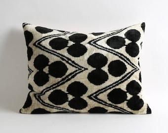 Handmade black throw pillows cover // 16x20 lumbar silk velvet ikat pillows // white and black pillows