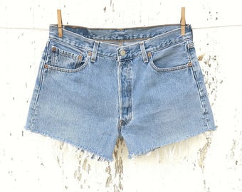 Vintage LEVIS 501 Shorts 32 Waist High Waisted