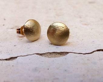 Hammered Gold Stud Earrings Post Earrings Small Earrings Fine Jewelry Handmade Earrings Simple Gold Earrings Minimalist Earrings Unique