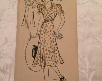 Vintage Sewing Pattern New York 1112 1930s 30s Pretty day dress pleat detail wrapover Bust 32