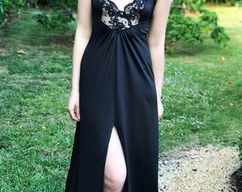 Vintage Black Nightgown, Lace V-Neck Bodice, Size Small