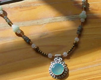 chalcedony necklace, chalcedony pendant, gift for women, beaded necklace, Chalcedony pendant necklace, moonstone, labradorite, birthday