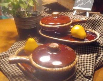 2 HULL BROWN DRIP Glaze Soup and Sandwich Sets, Hull soup Crocks with Tops, French Onion Soup Crocks, Mid Century Dinnerware, Ovenware,